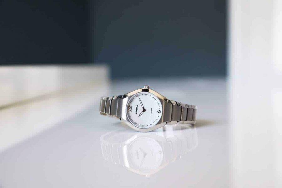 Prisma titanium ladies watch simplicity titanium goed horloge kwaliteit
