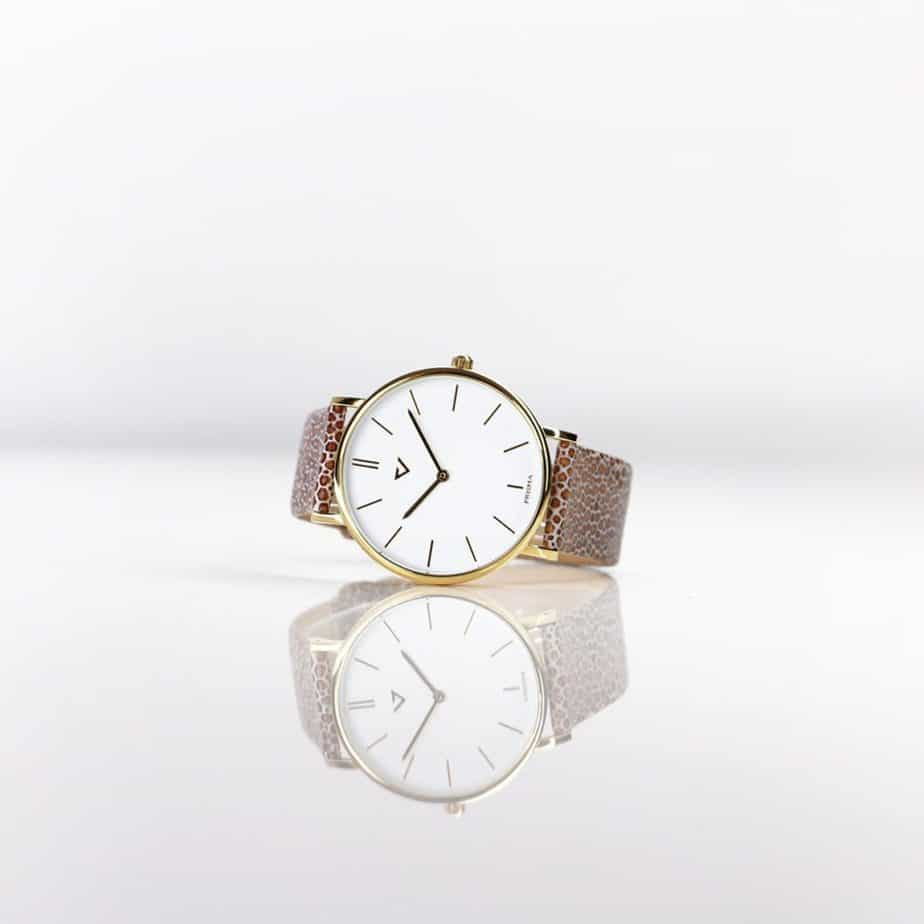 prisma 100%NL horloge beige prisma horloges special edition P1628-856G Prisma 100NL beige horloge online kopen sfeer