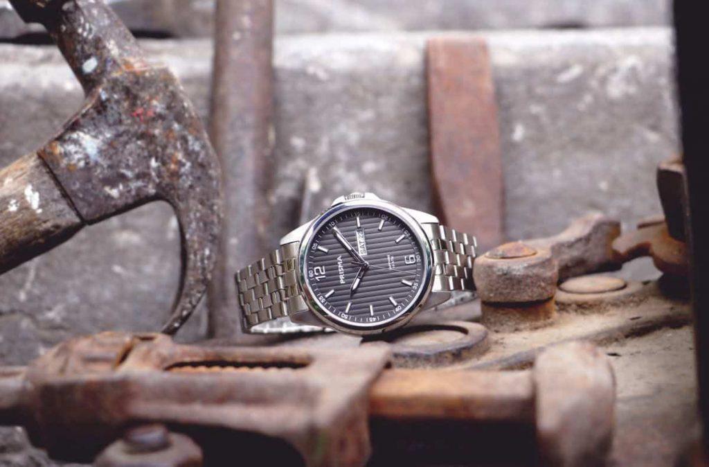 Prisma-Horloge-Pattern-Steel-zwart-nieuw-werkhorloge-kwaliteitshorloge-Nederlands-horlogemerk Prisma watch watches
