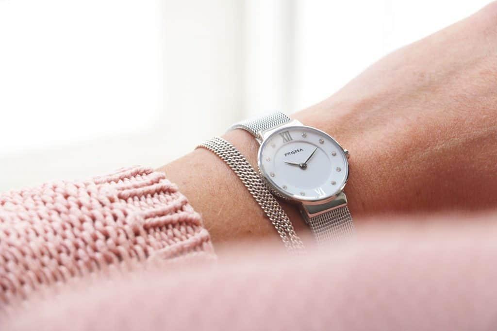 minimalistische horloges dames minimalistic watches ladies women prisma icon petit dameshorloge milanese horlogeband zilver