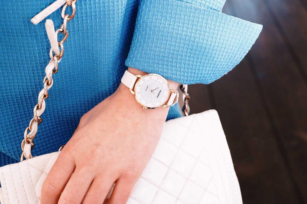 horloge met diamanten diamantjes watch with diamonds