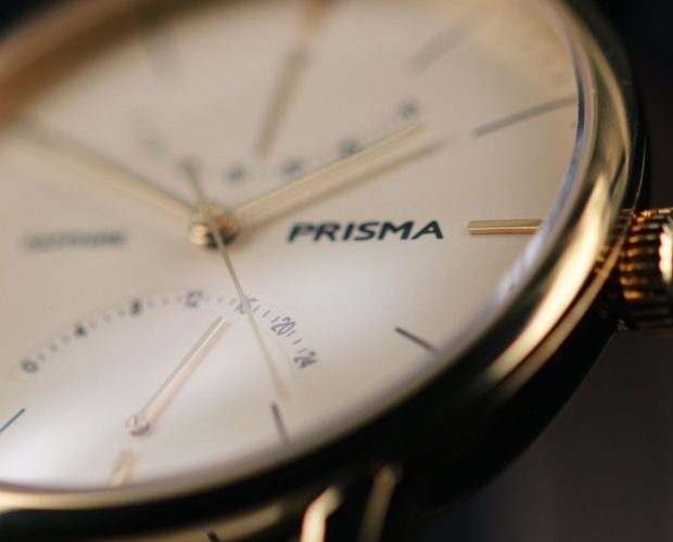 prisma voyage p.1602 watch gold design 24-uurs indicatie goud closeup klassiek herenhorloge