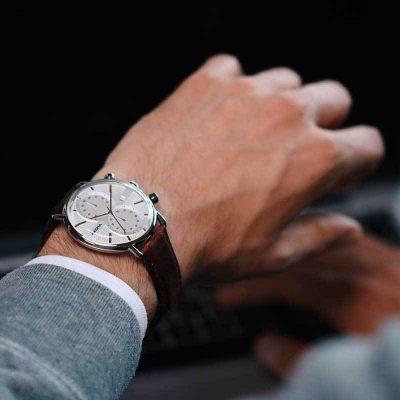 different watch styles men